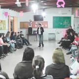 Comenzó el taller de lengua de señas