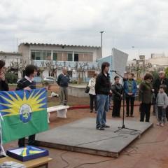 Se presentó la Bandera Deroense y se descubrió el Hito conmemorativo
