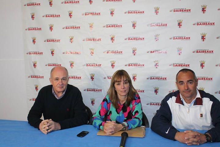 El Director de Deportes Alejandro Forte, la titular del CEF Nº 23 Andrea Doval y el referente del área de cultura Carlos Blanco