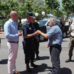 El Ministro Granados hizo entrega de 4 nuevos móviles para la policía comunal